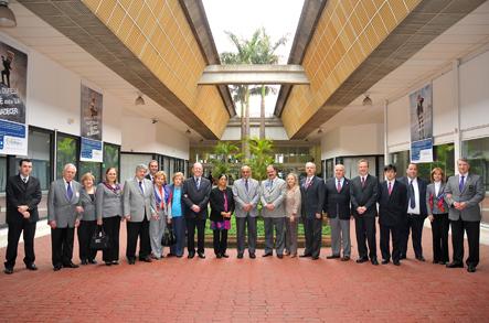 Comitiva que acompanhou o casal presidente do Rotary International, com gestores da Fundação
