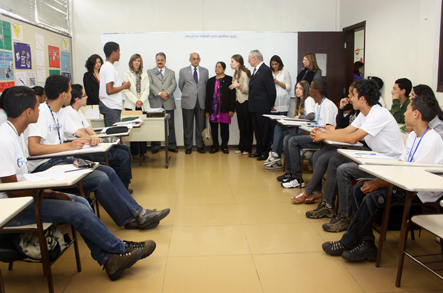 Alunos do Cepro com o presidente do Rotary International